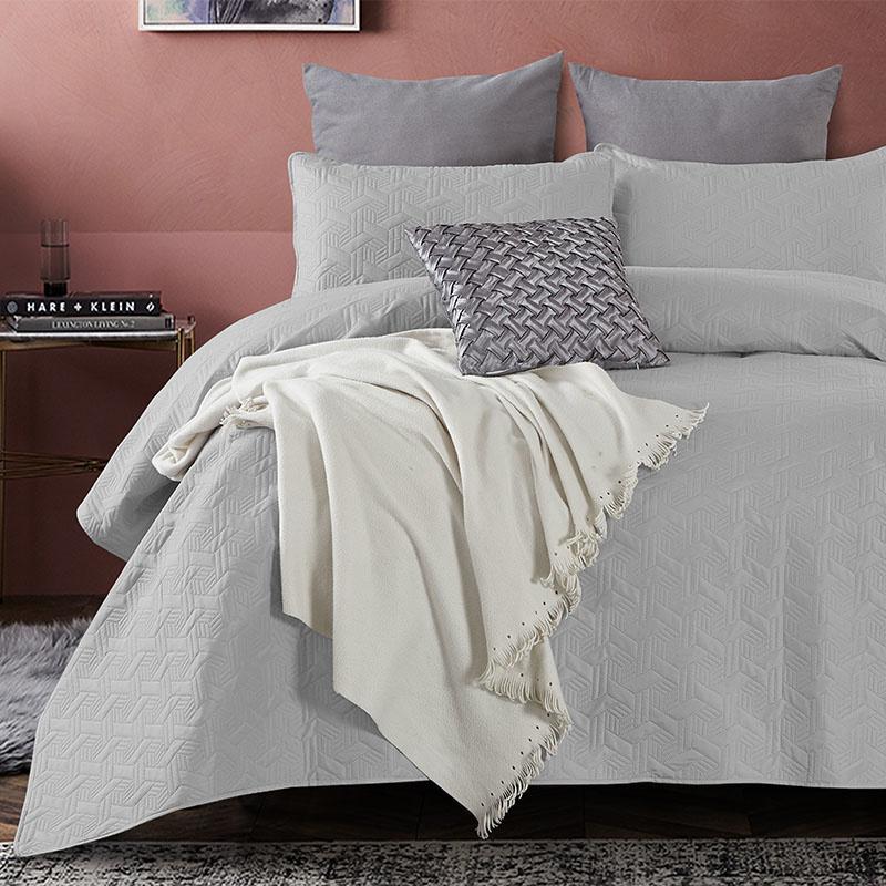 DreamHouse Bedding Bedsprei - Baltimore - Grijs 180 x 250 + 1 kussensloop