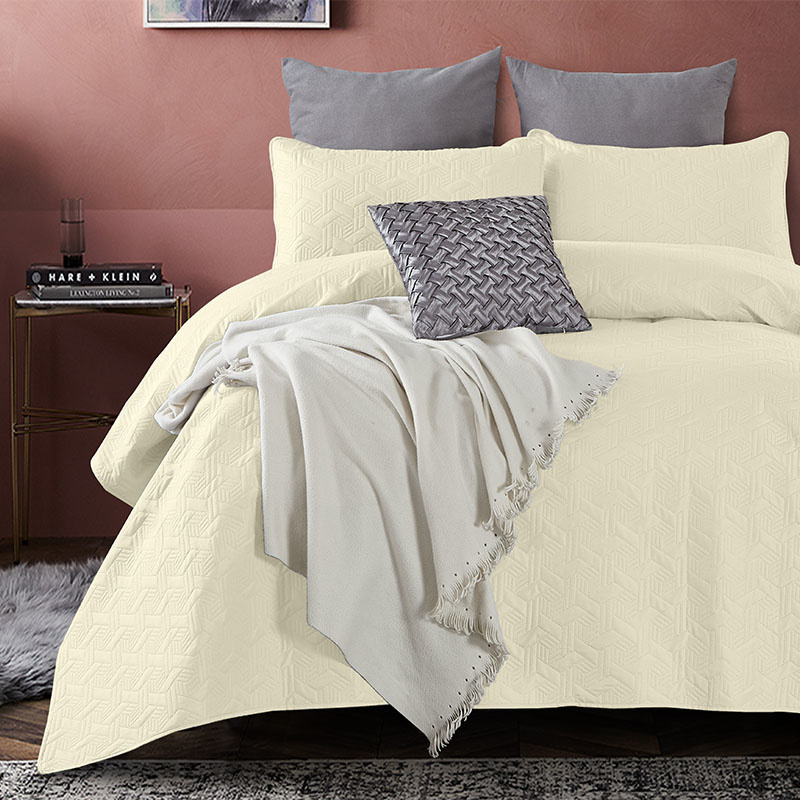 DreamHouse Bedding Bedsprei - Baltimore - Creme 180 x 250 + 1 kussensloop
