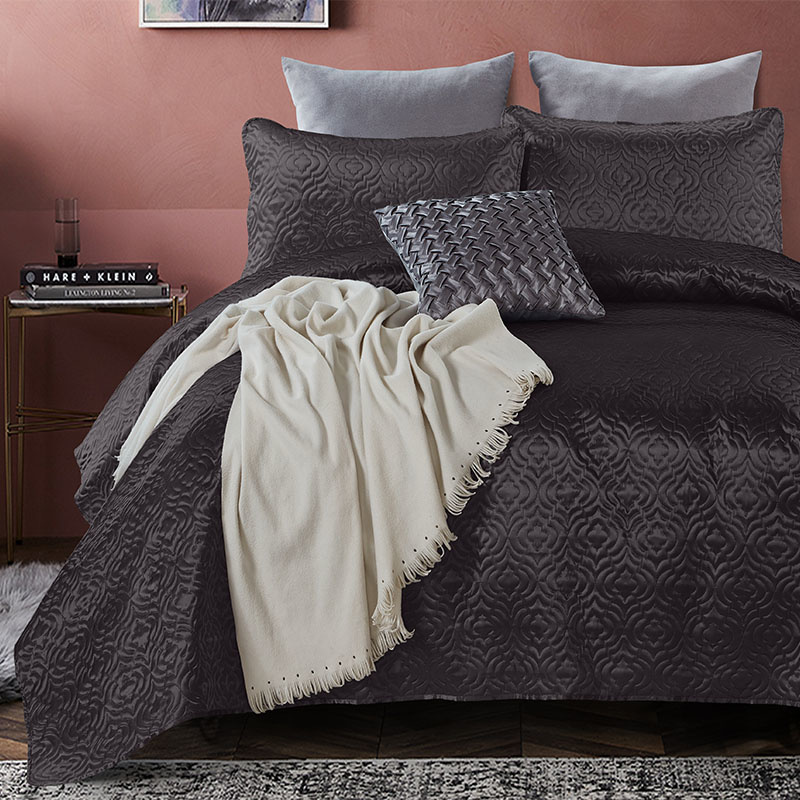 DreamHouse Bedding Bedsprei - Satin Orlando - Antraciet 180 x 250 + 1 kussensloop