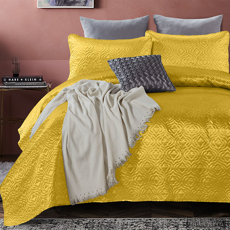 DreamHouse Bedding Bedsprei - Satin Orlando - Goud 260 x 250 + 2 kussenslopen
