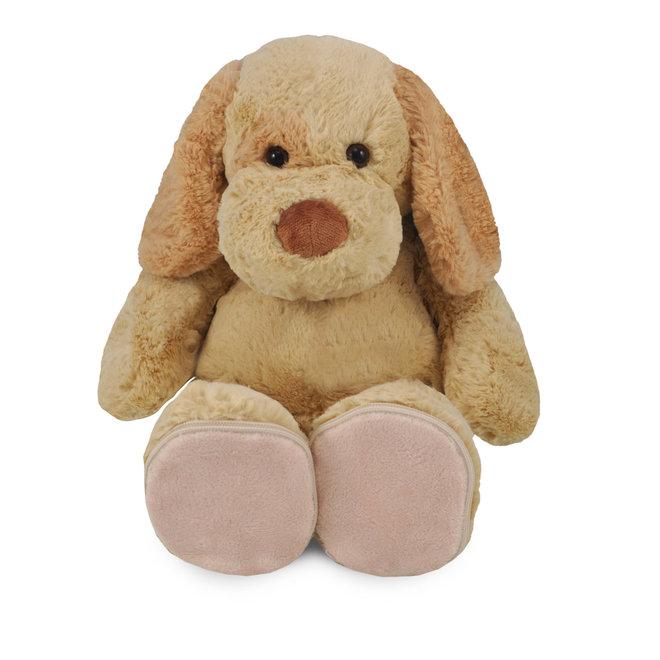 Knuffel hond met speciale voetjes om te personaliseren.