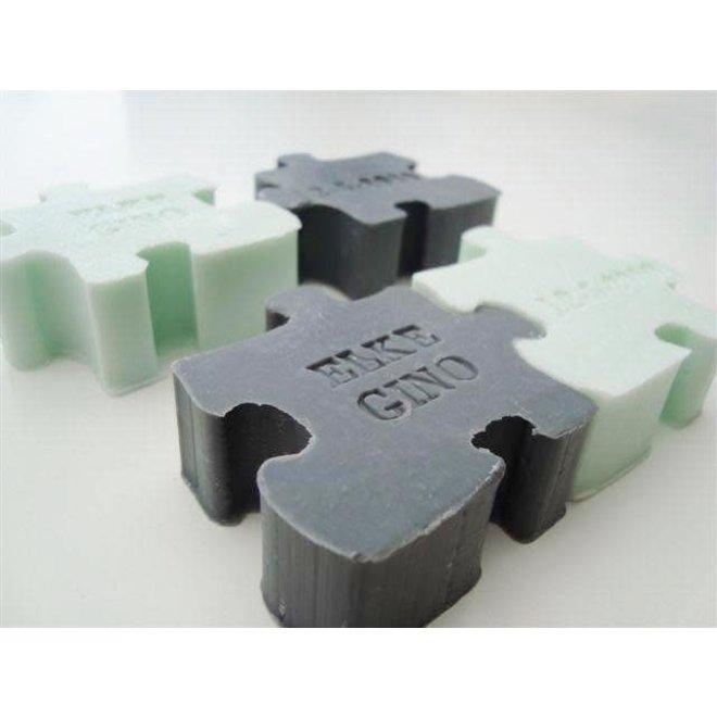 Figuurzeepje puzzelstuk