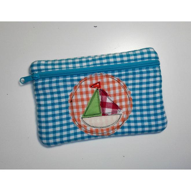 handmade pennenzak bootje (blauw)