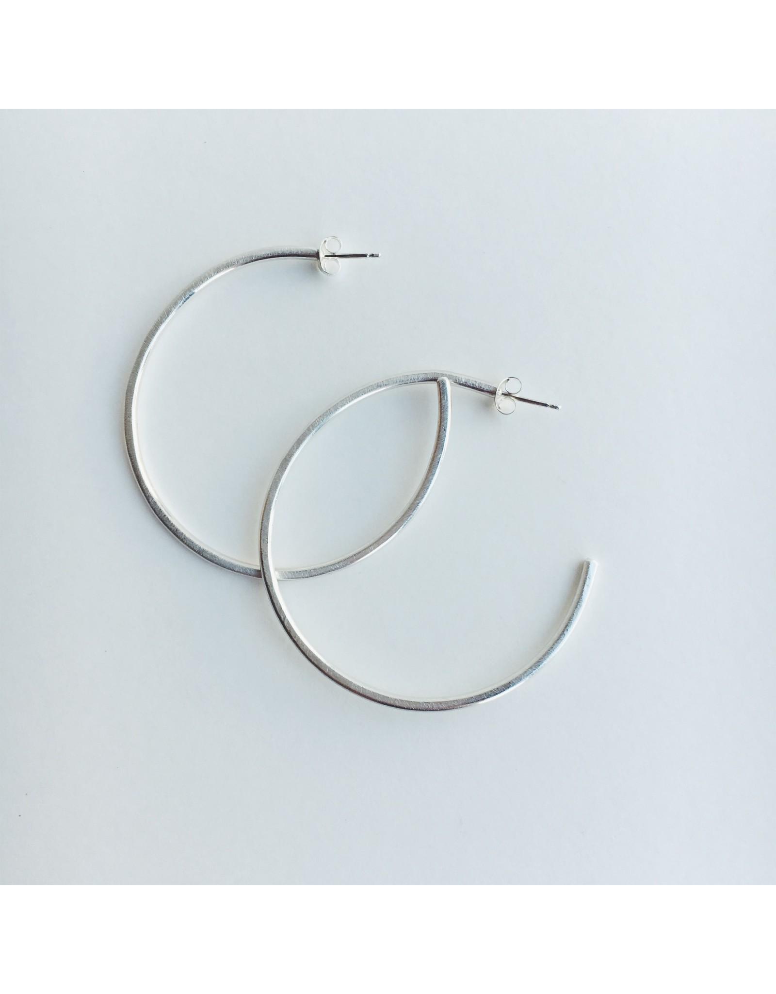 Minimal Silver Hoop Earrings