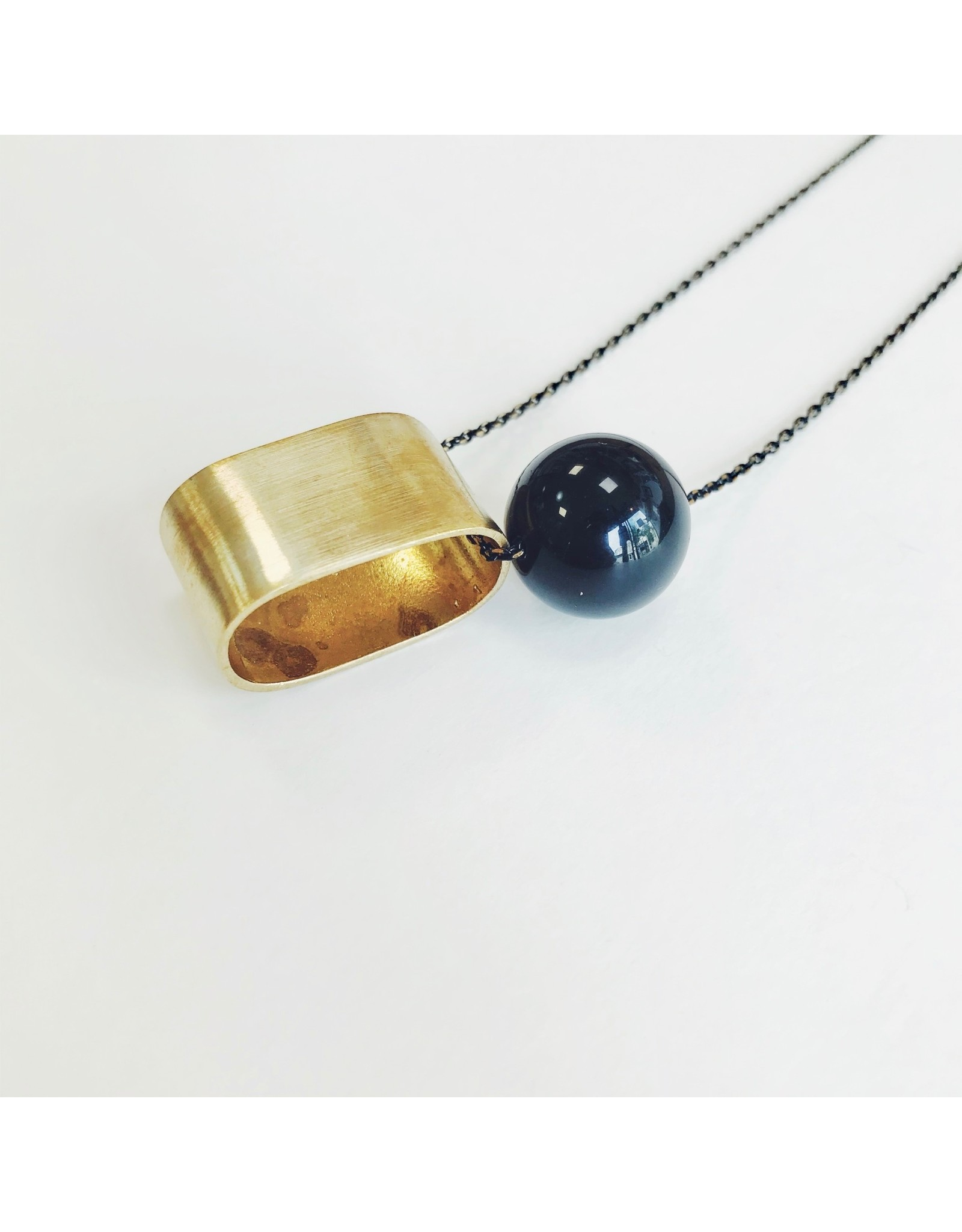 Onyx Bead and Brass Oval Long Necklace