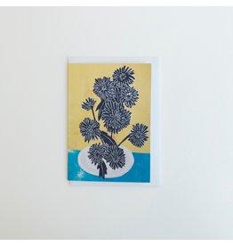 Dahlia on Grey Plate Card