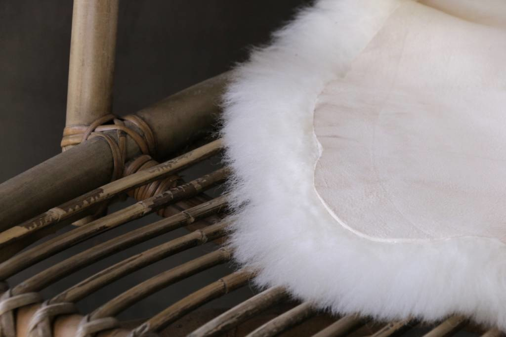 Very soft Sheepskin Creamy white-2