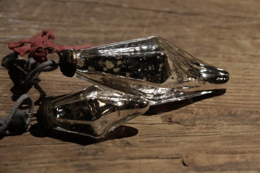 Armeluis Nepalese glazen pegels-2