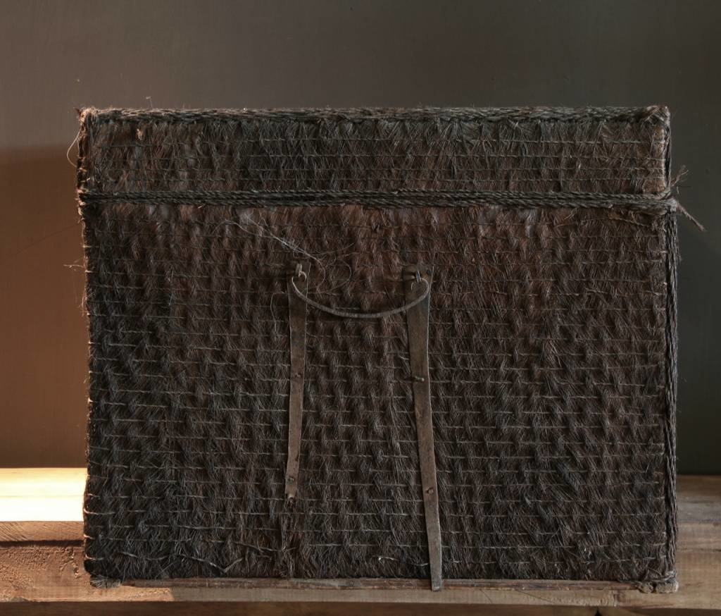 Beautiful Unique Suitcase lined with palm bark-6