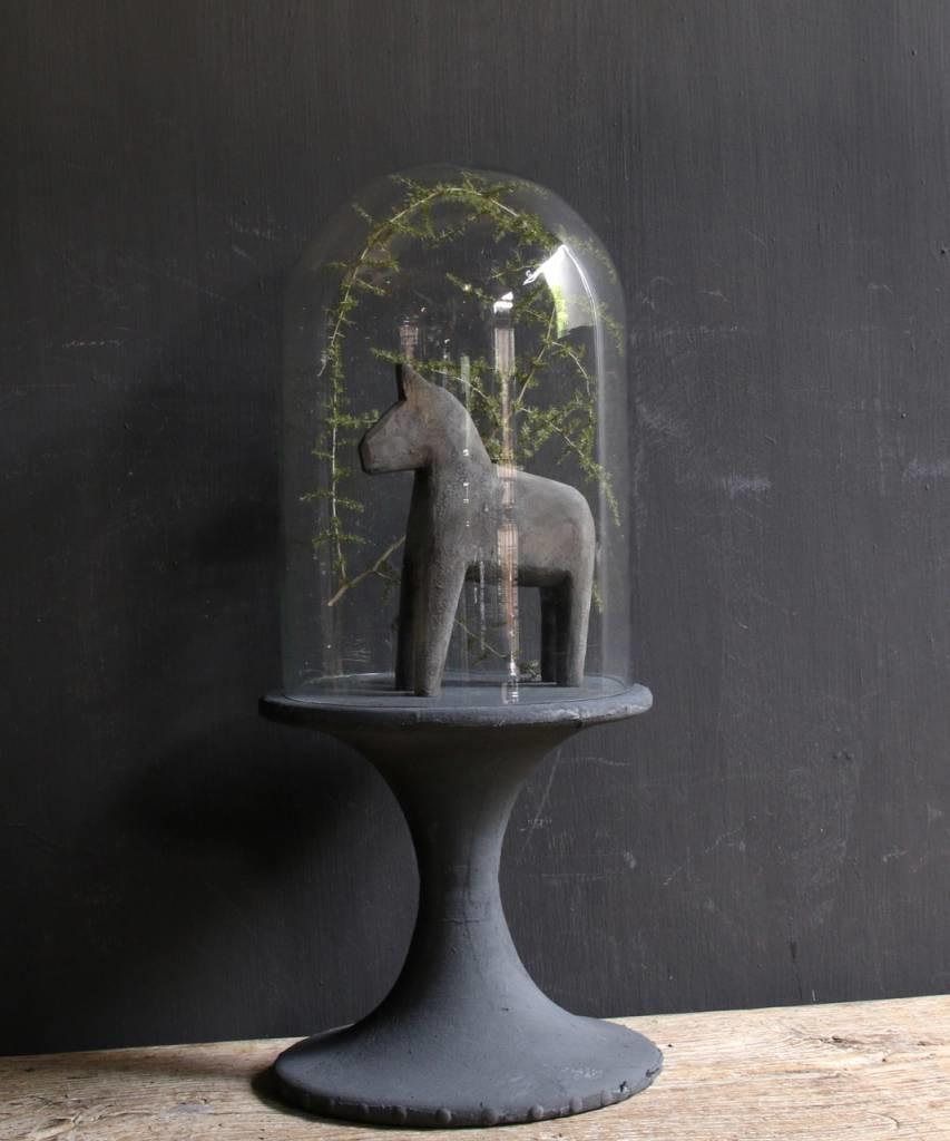 Glocke mit Holzsockel mit grauer Leine bedeckt-1