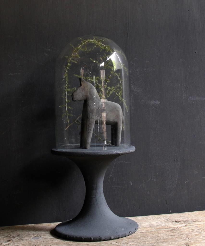 Glocke mit Holzsockel mit grauer Leine bedeckt-5