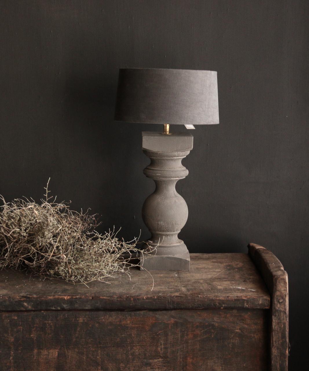 Grijs Houten Baluster lamp voetje-4