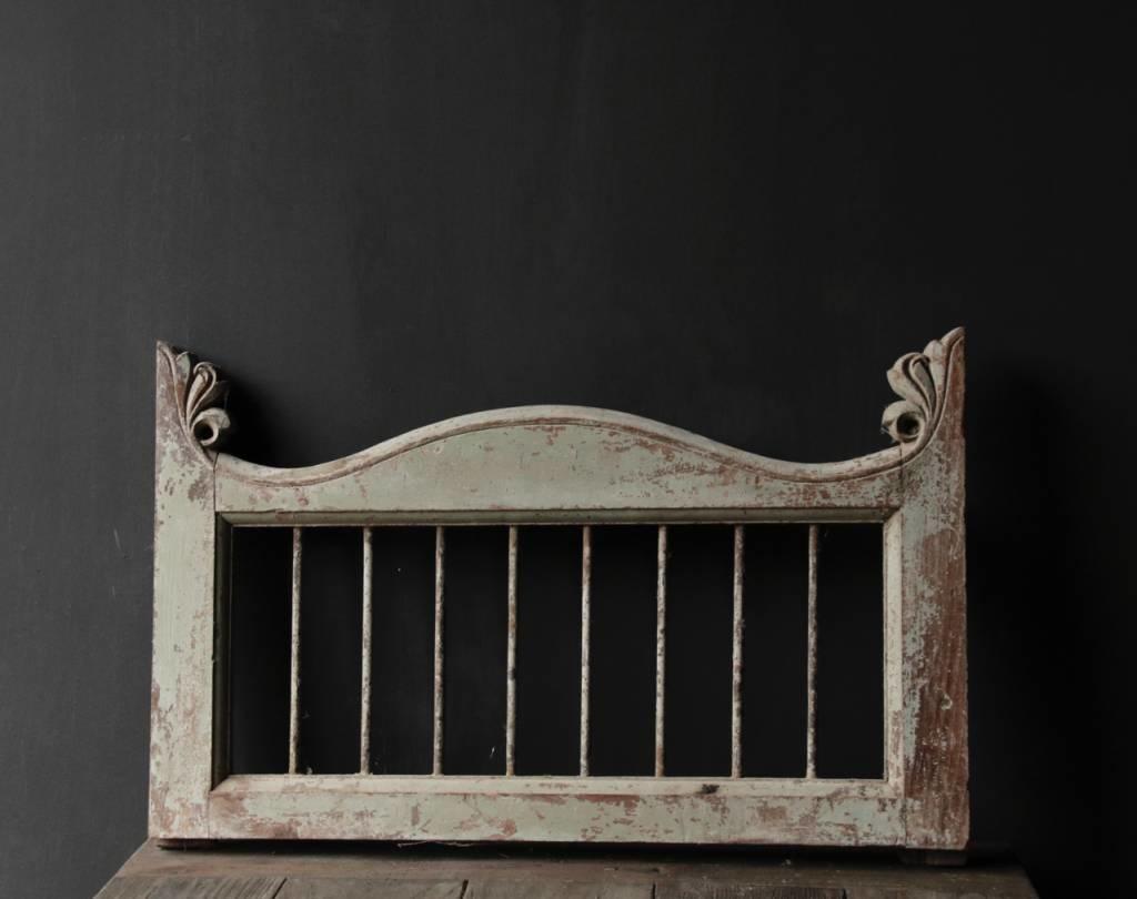 Oud Indisch houten  Raam met ijzeren spijlen-4