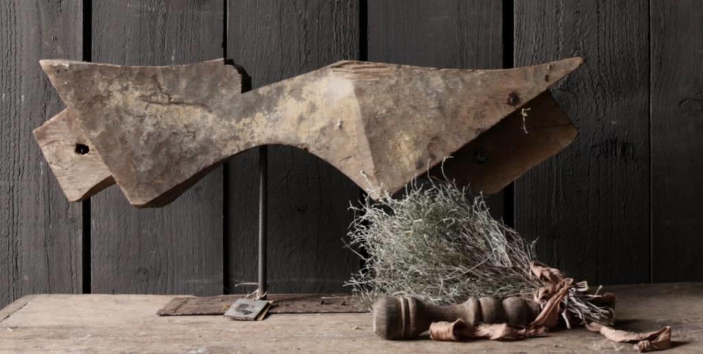 Prachtig houten ornament op stalen voet-2