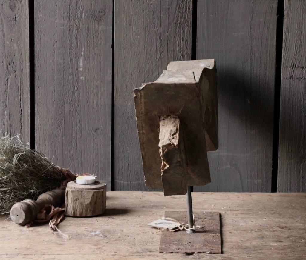 Prachtig houten ornament op stalen voet-5