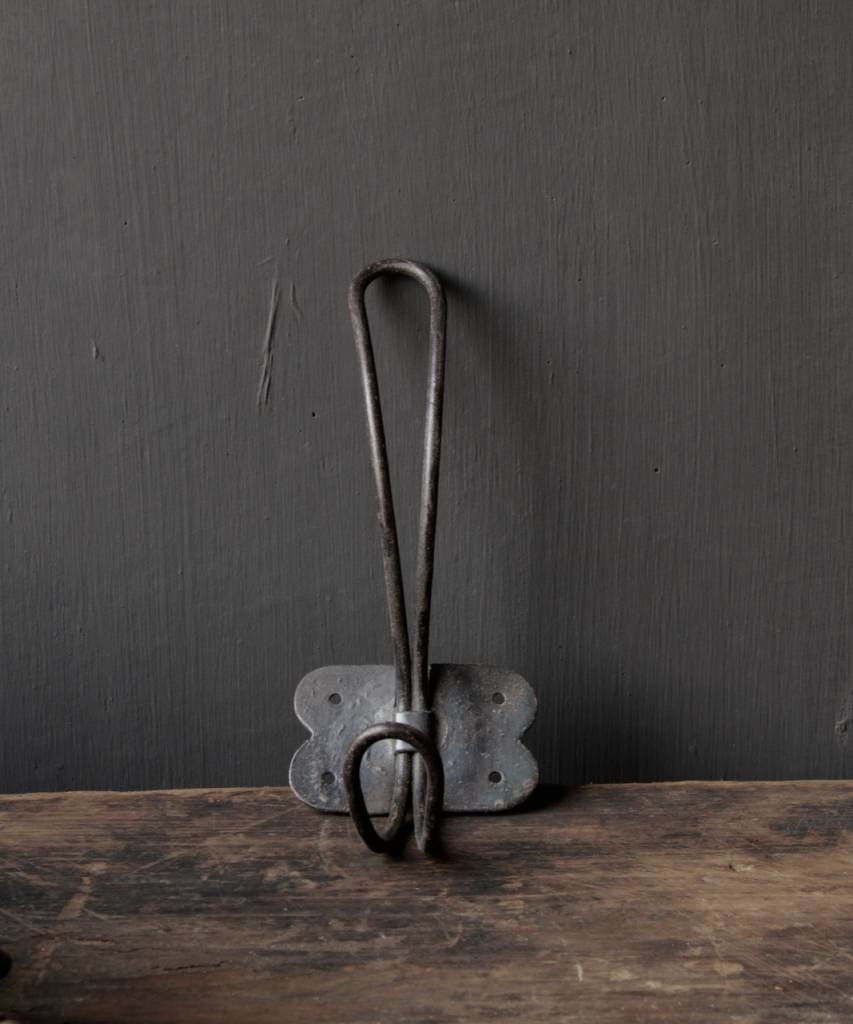 Eisenmantelhaken oder Schulhaken-1