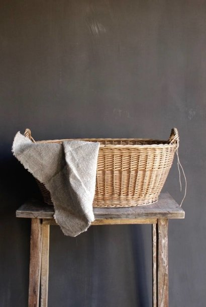 Old Brocante wicker basket