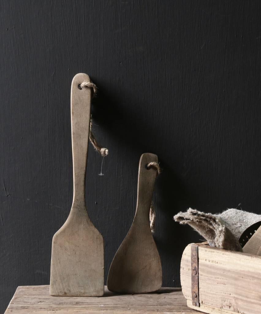 Set a twee vergrijsde houten Pollepels-2