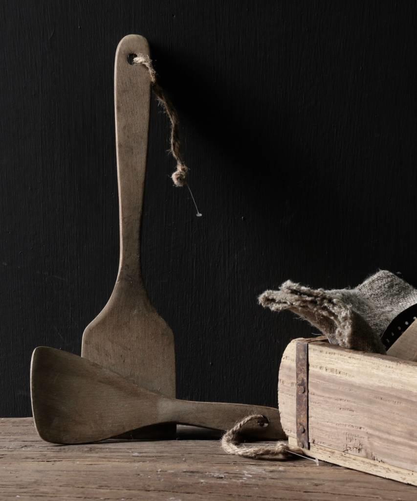 Set a twee vergrijsde houten Pollepels-3