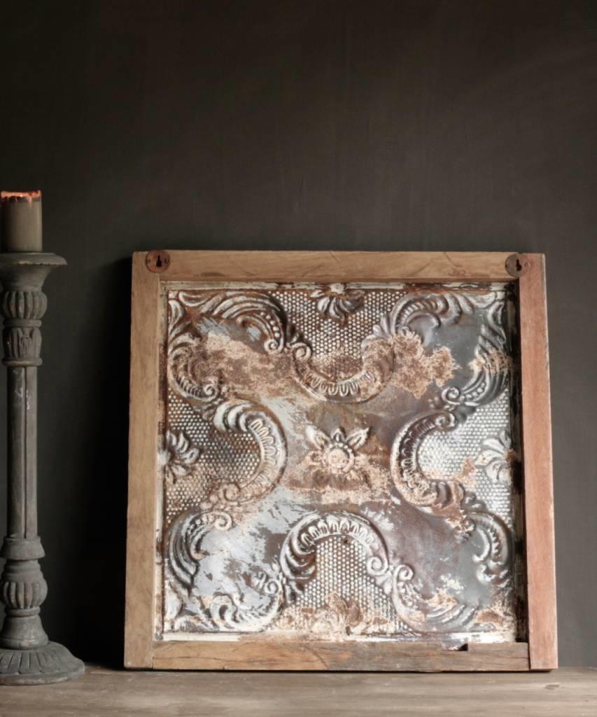 Schöne alte Deckenplatte in Holzrahmen gerahmt-4