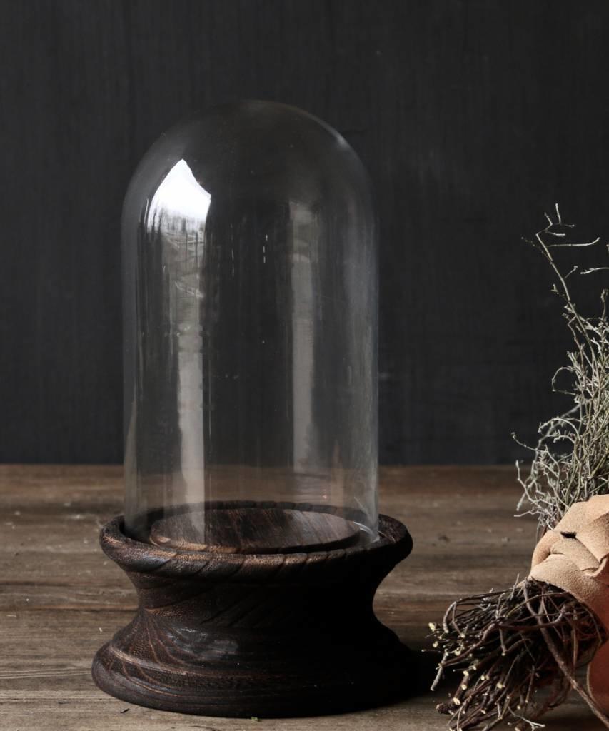 Schattig klein stolpje op bruin houten voetje-2