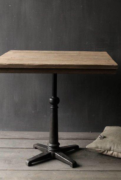 iron table leg