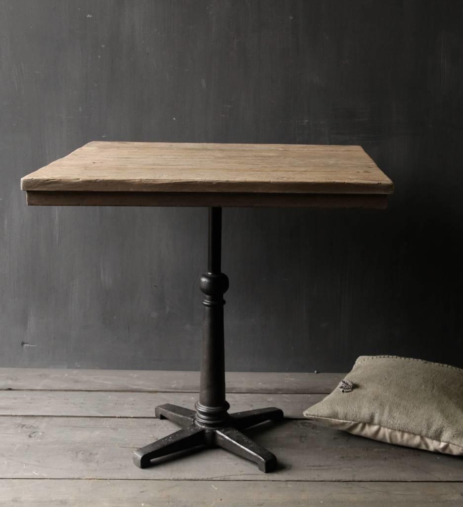 Eisen Tischbein-1