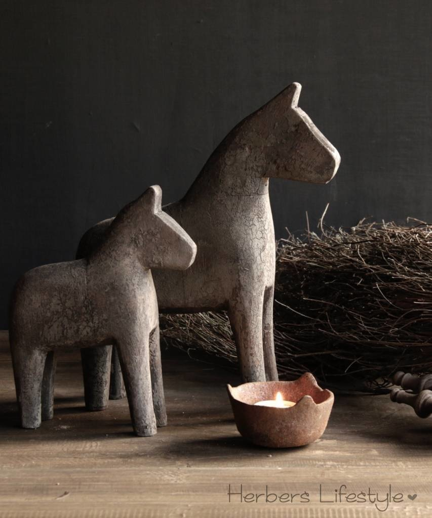 Wooden horse-2