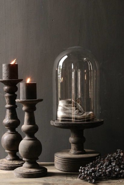 Glazen Stolp op oud houten voet