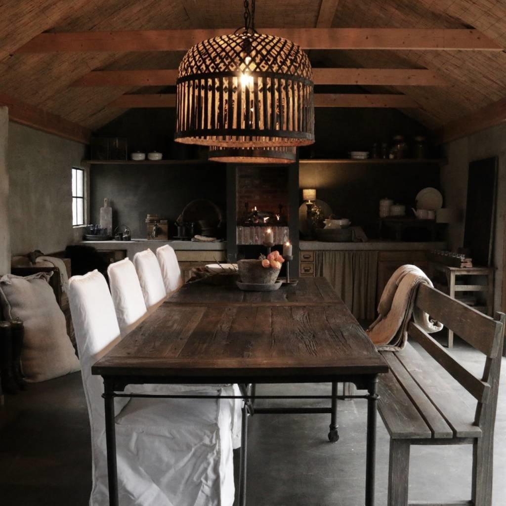 Grote eetkamer tafel met donker driftwood blad en ijzeren onderstel-1