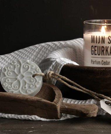 Puur Zeep Batik zeep licht grijs parfum cotton