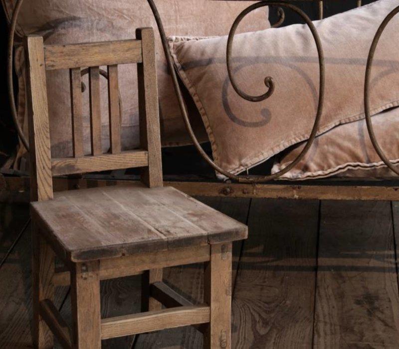 Oude Houten Kinderstoel.Oud Houten Kinderstoeltje Herberslifestyle