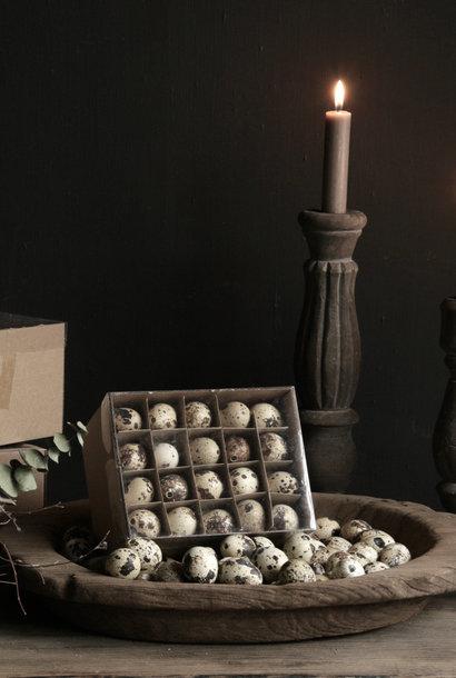 Box with 60 quail eggs