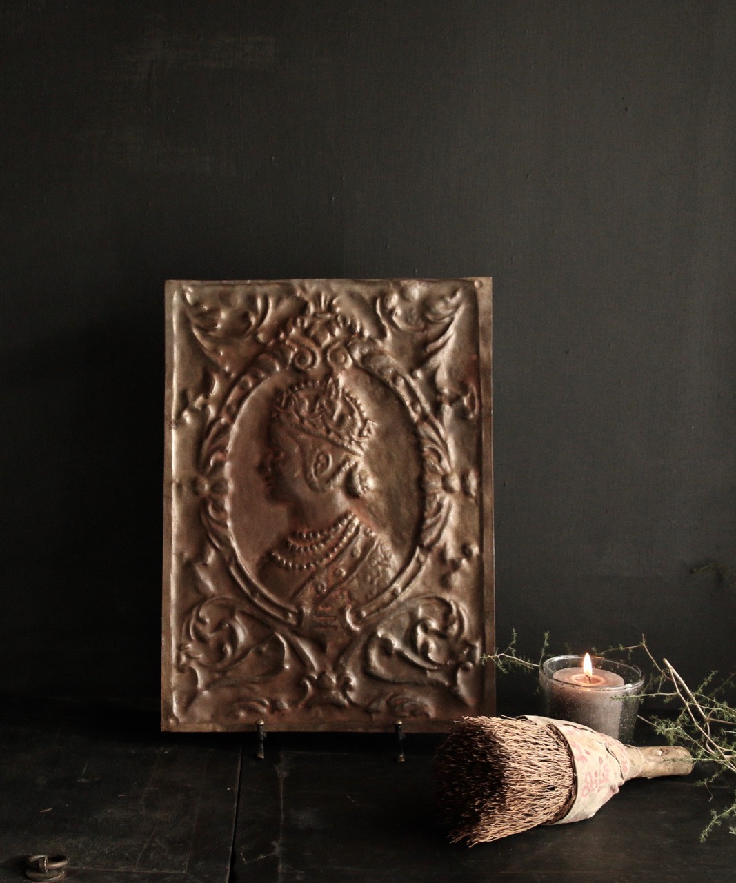 Wandpaneel aus Metall Bronze Aura Peeperkorn-1