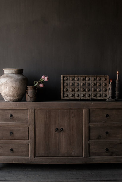 * Reserved * Beautifully gray Elmwood Sideboard with two doors and six drawers