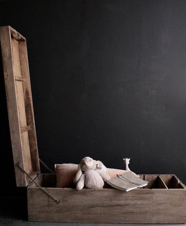 Aura peeperkorn Oude houten kist