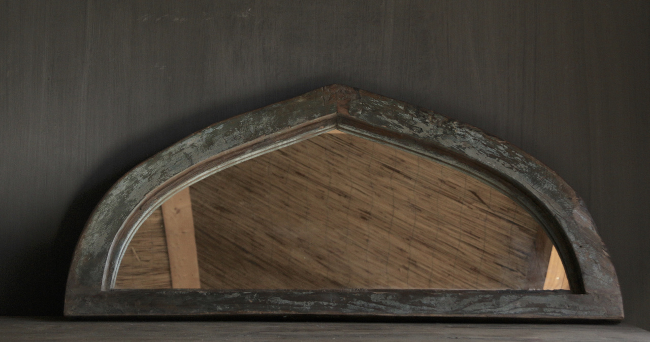 Mirror of sturdy wooden Indian window frame in the shape of a triangle-6