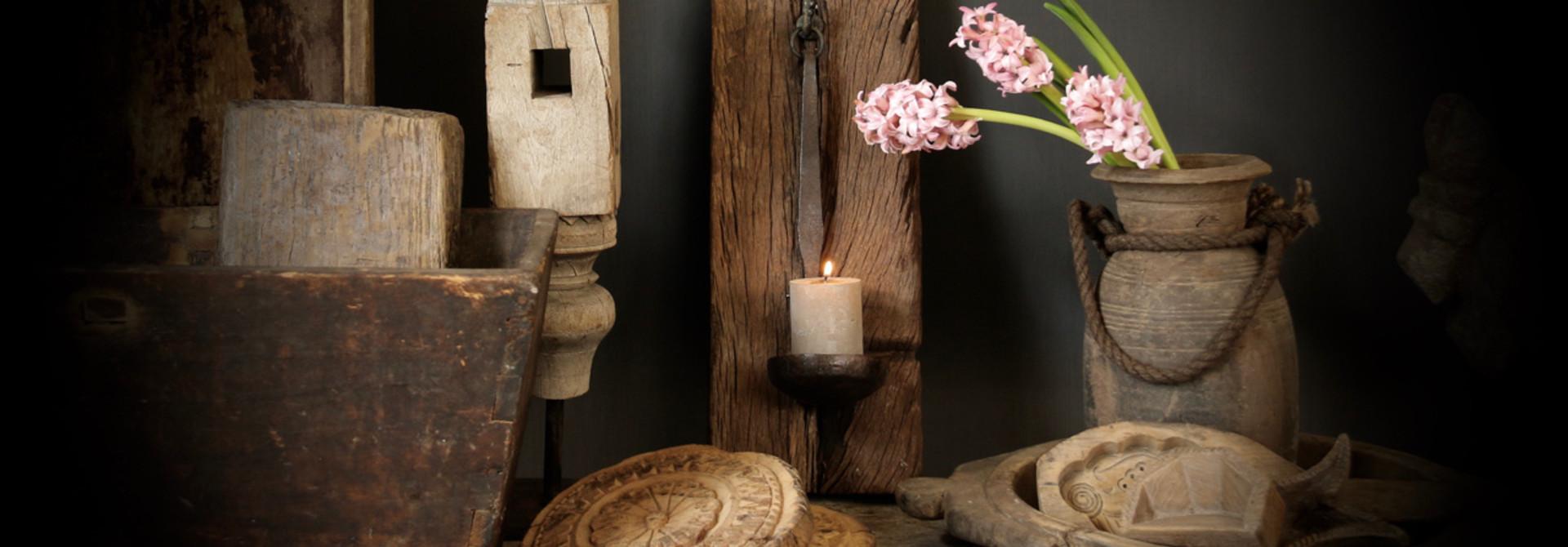 Holzdekorationen