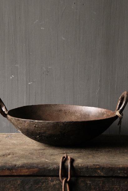 Oude Nepalese IJzeren Pan