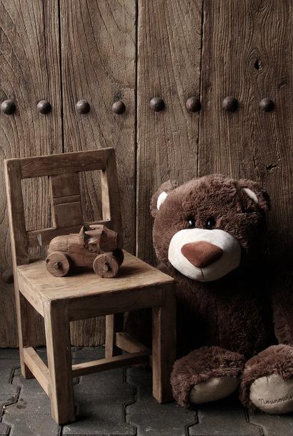 Oud houten kinderstoeltje