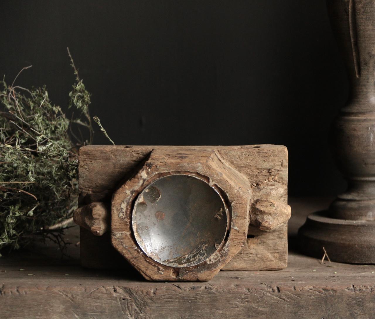 Kandelaar van oud ornament-6