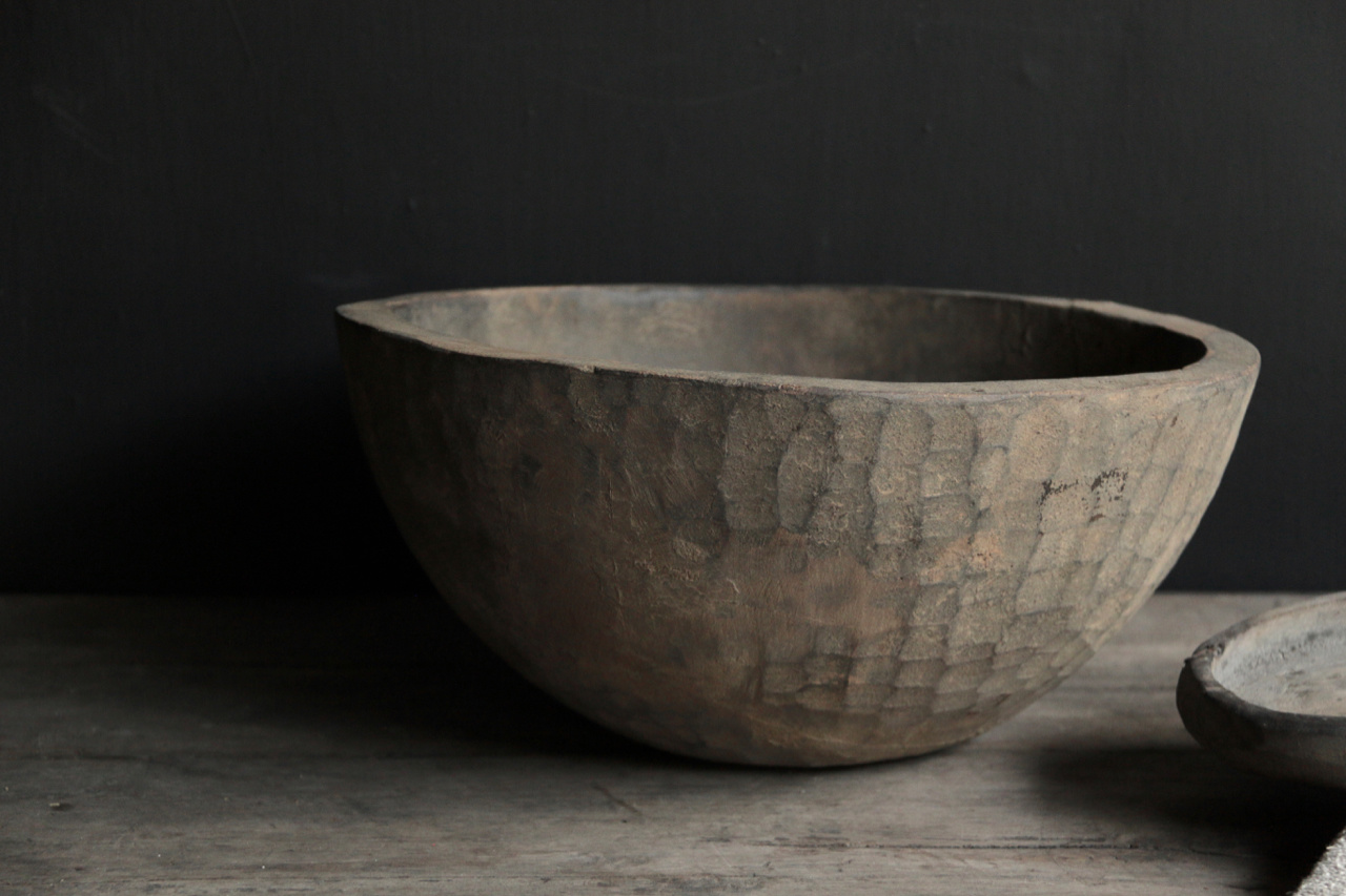 Tough old wooden Nepalese bowl-5