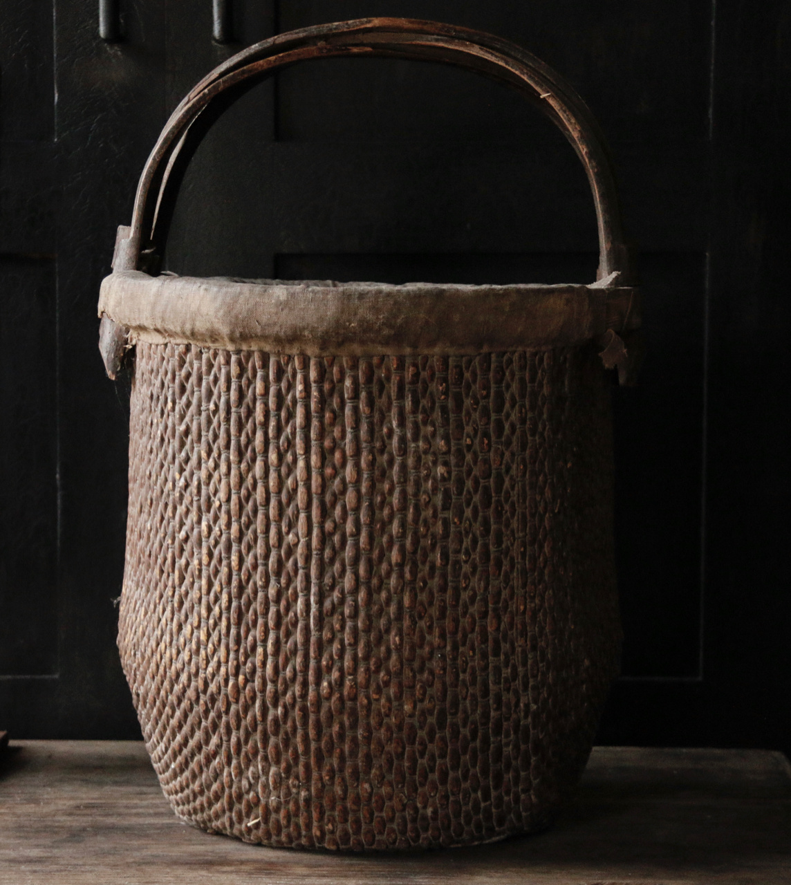 Old Authentic Wicker basket-4