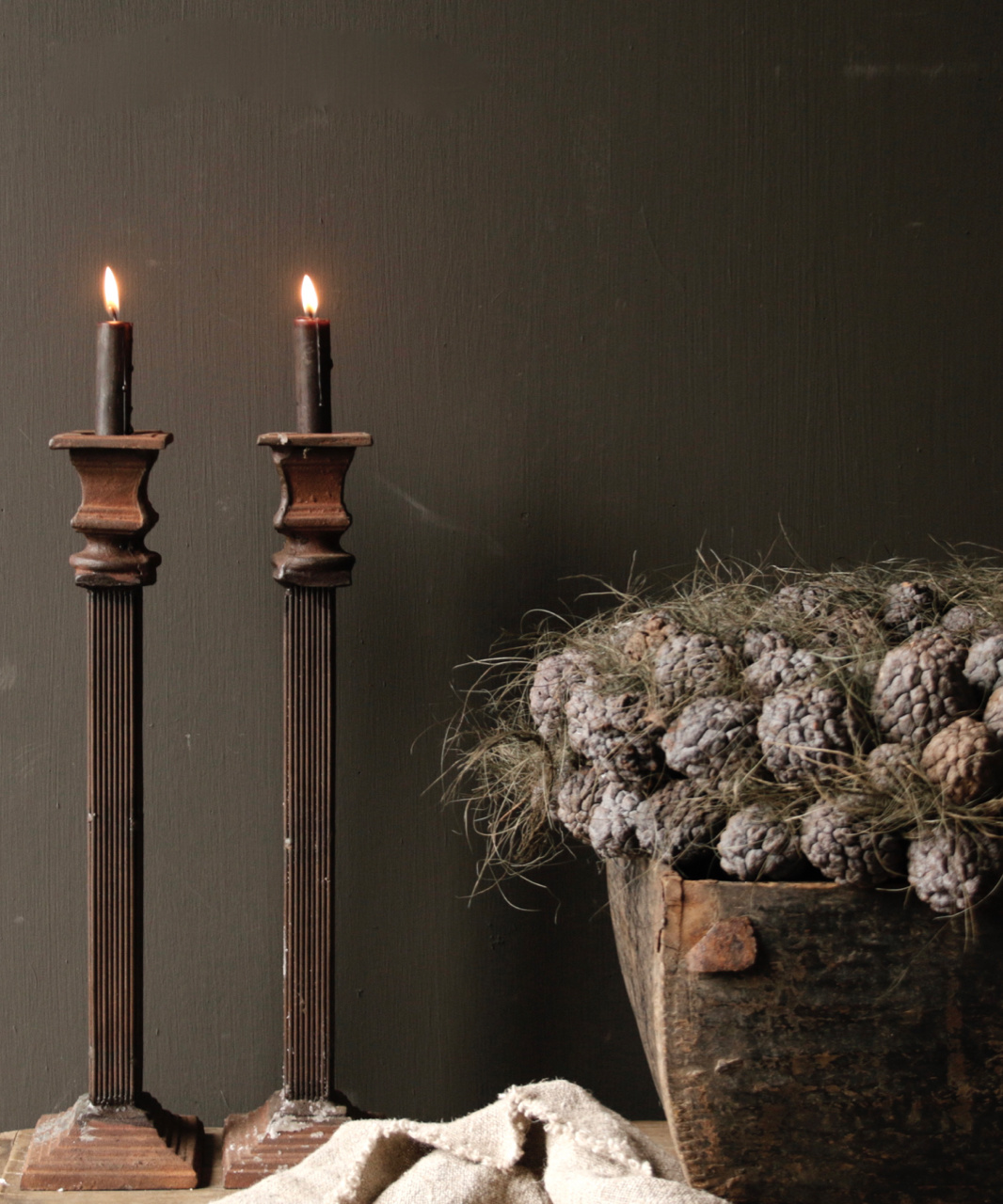 Kerzenhalter aus Gusseisen-1