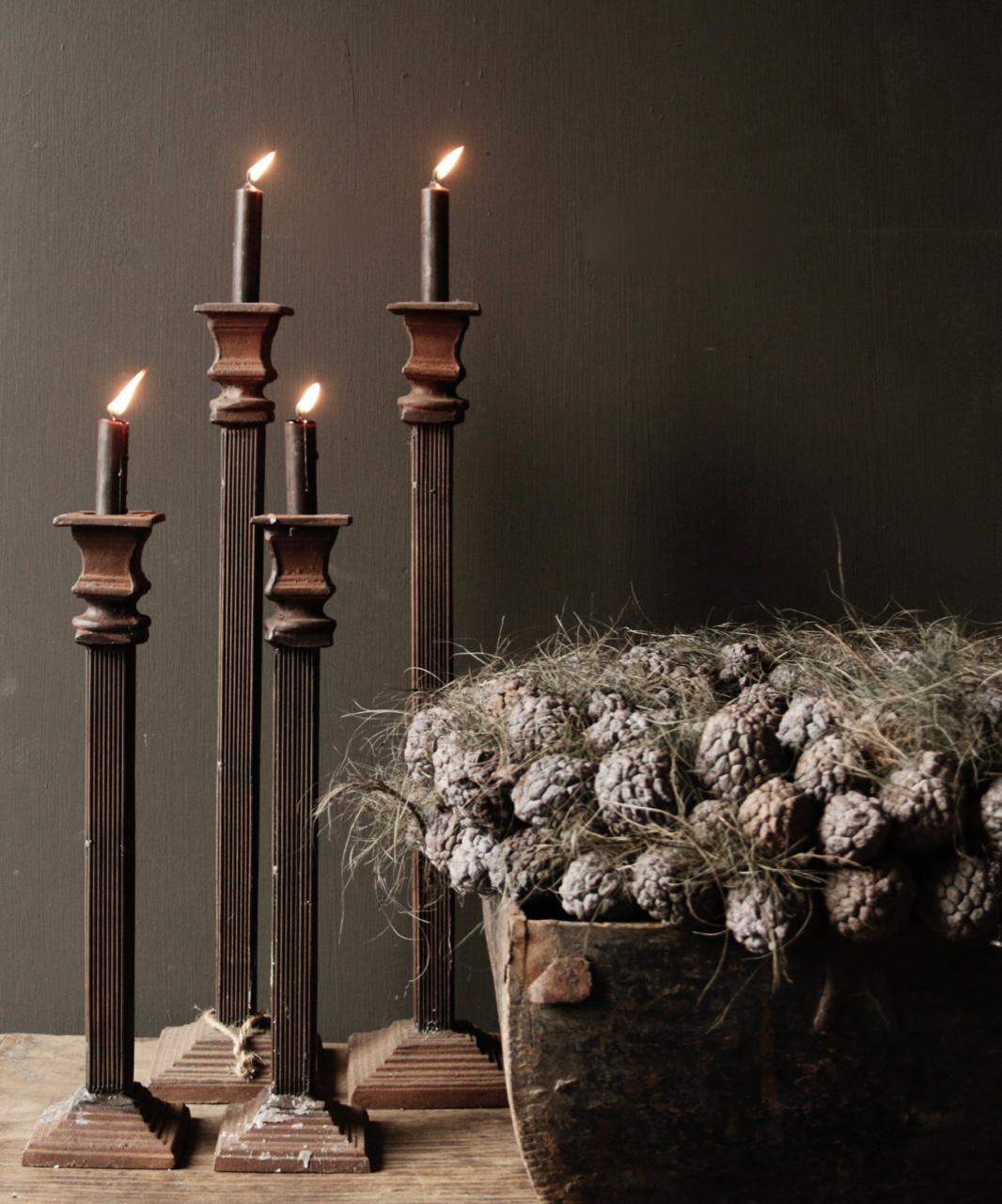 Kerzenhalter aus Gusseisen-2