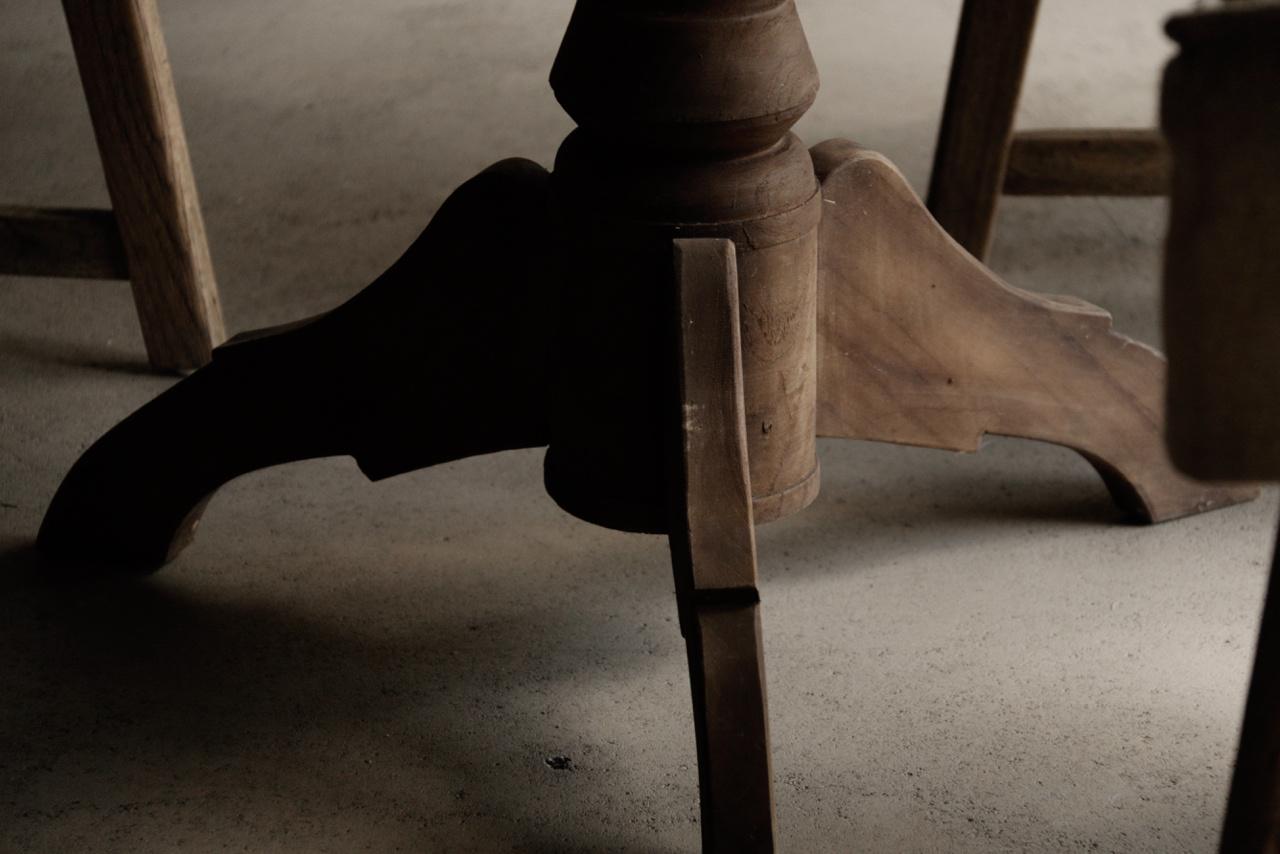 Stoere  ronde tafel gemaakt van oud gebruikt hout-7