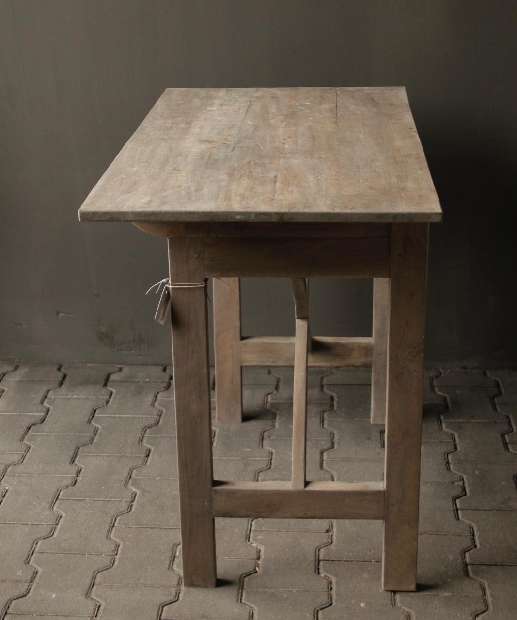 Side Table Oud Hout.Aura Peeperkorn Stoer Oud Sidetable Muurtafel Oud Hout Met Een Lade