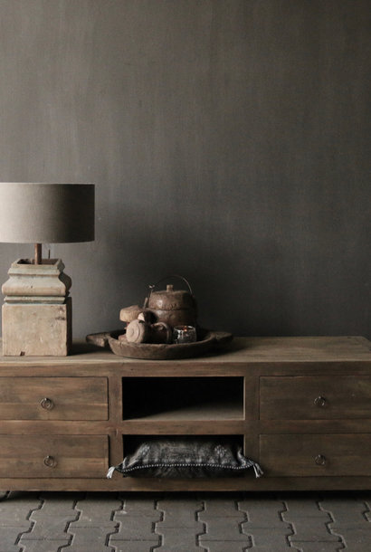 Tough TV Möbel / Sideboard aus altem Holz