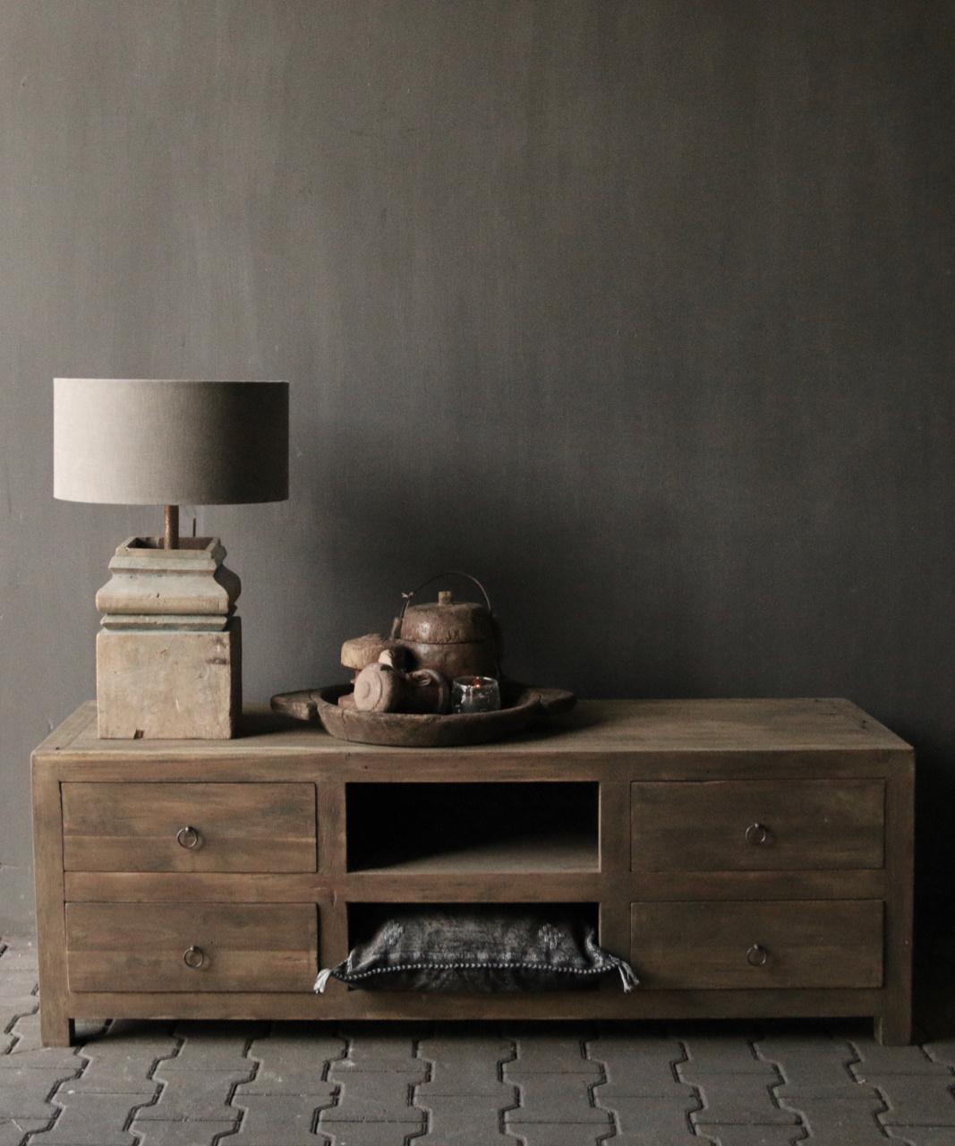 Tough TV Möbel / Sideboard aus altem Holz-1