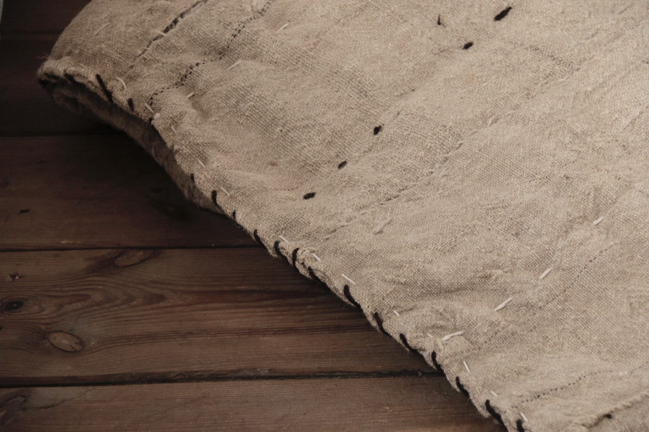 Wabi Sabi Quilted Hemp blanket mattress-5